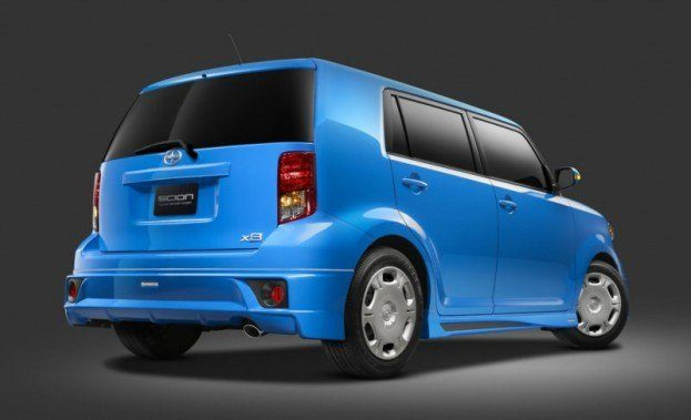 Scion xB RS 8.0 rear