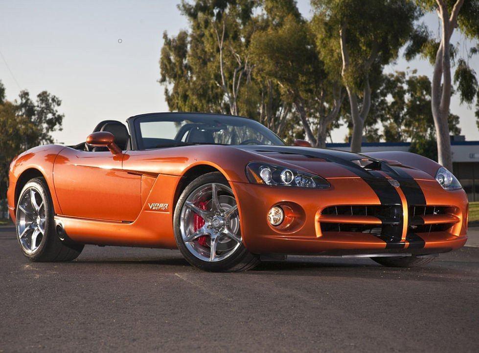 2010 Dodge Viper SRT-10 Front View