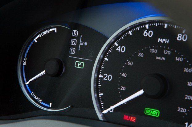 2011 Lexus CT 200h 044
