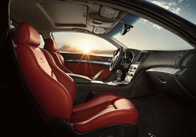 Infiniti IPLG Coupe Interior