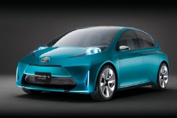 Meet the New Toyota Prius Hybrid Family 18