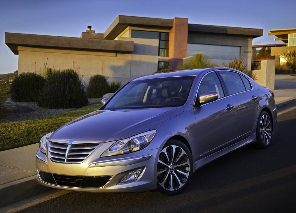 hyundai prices 2012 genesis lineup 5 0 r spec model. Black Bedroom Furniture Sets. Home Design Ideas
