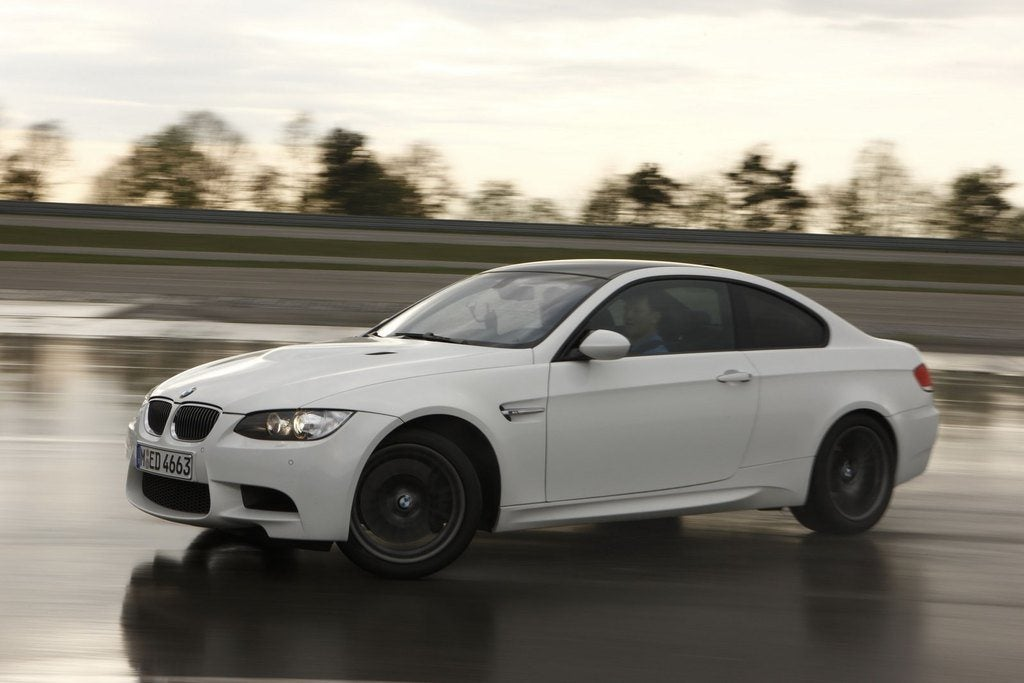 BMWM3WhiteInMotion