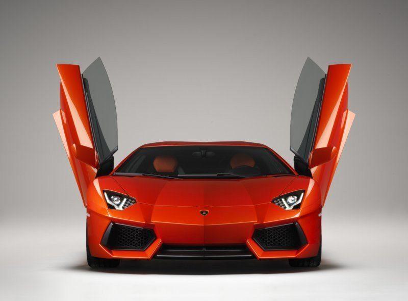Lamborghini Aventador LP-700-4 front open