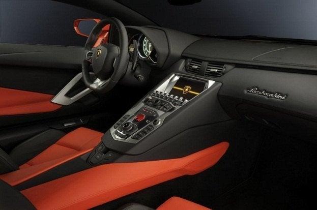 Lamborghini Aventador LP-700-4 interior