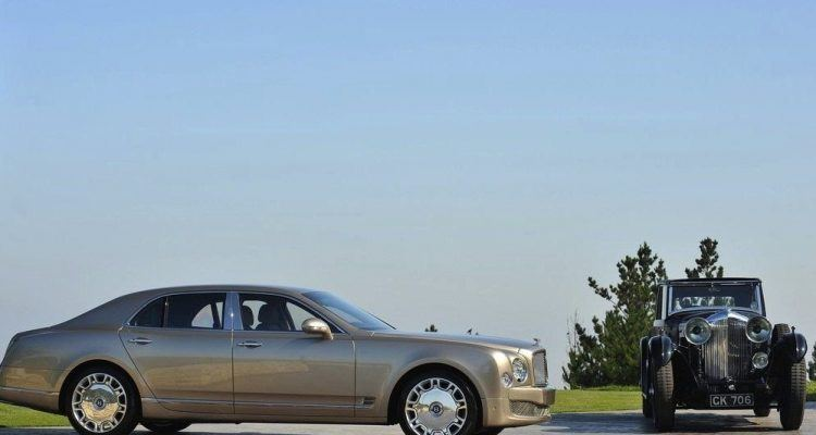 BentleyMulsannewithClassicBentley 750x400 - Bentley Sees Opportunity Amid Maybach Closure