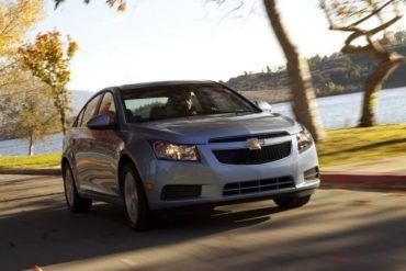 ChevroletCruzeInMotion