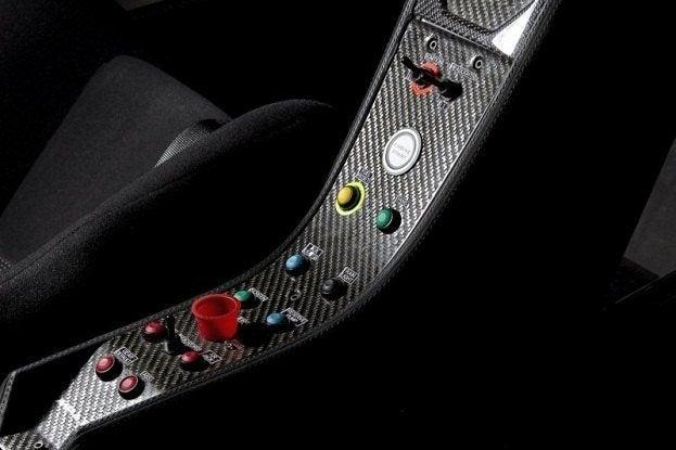McLaren MP4-12C GT3 (4)