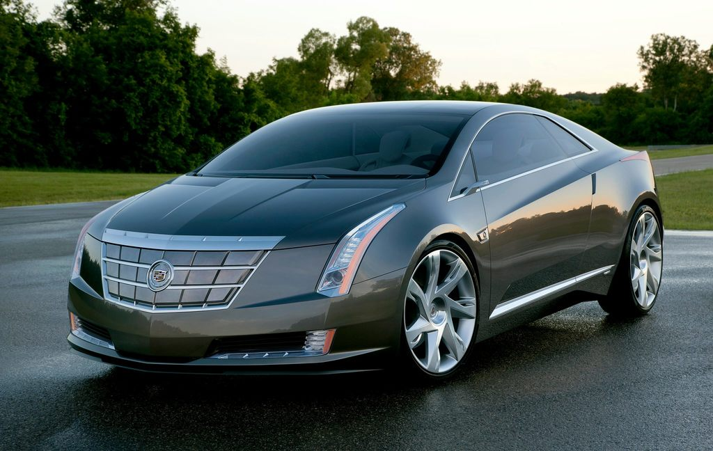 CadillacELRFrontView