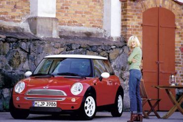 lady with mini
