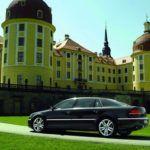 Volkswagen-Phaeton_2011_1024x768_wallpaper_0f