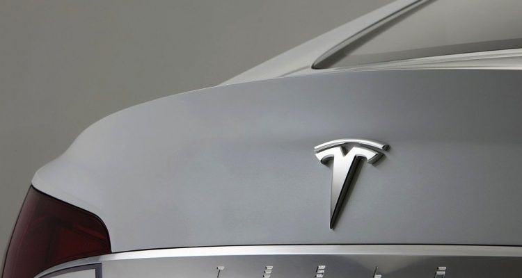 Why Many Drivers Might Wait on Getting a Tesla - A Financial