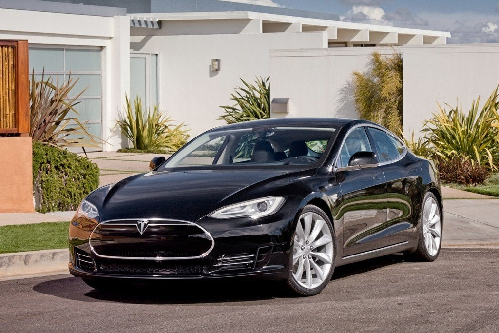 TeslaModelSBlackFrontAngle