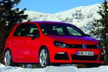 Volkswagen Golf R 2010 1024x768 wallpaper 14