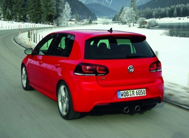 Volkswagen Golf R 2010 1024x768 wallpaper 1f
