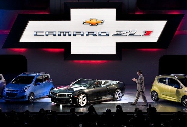Chevrolet Unveils 2013 Camaro LZ1 at Los Angeles Auto Show