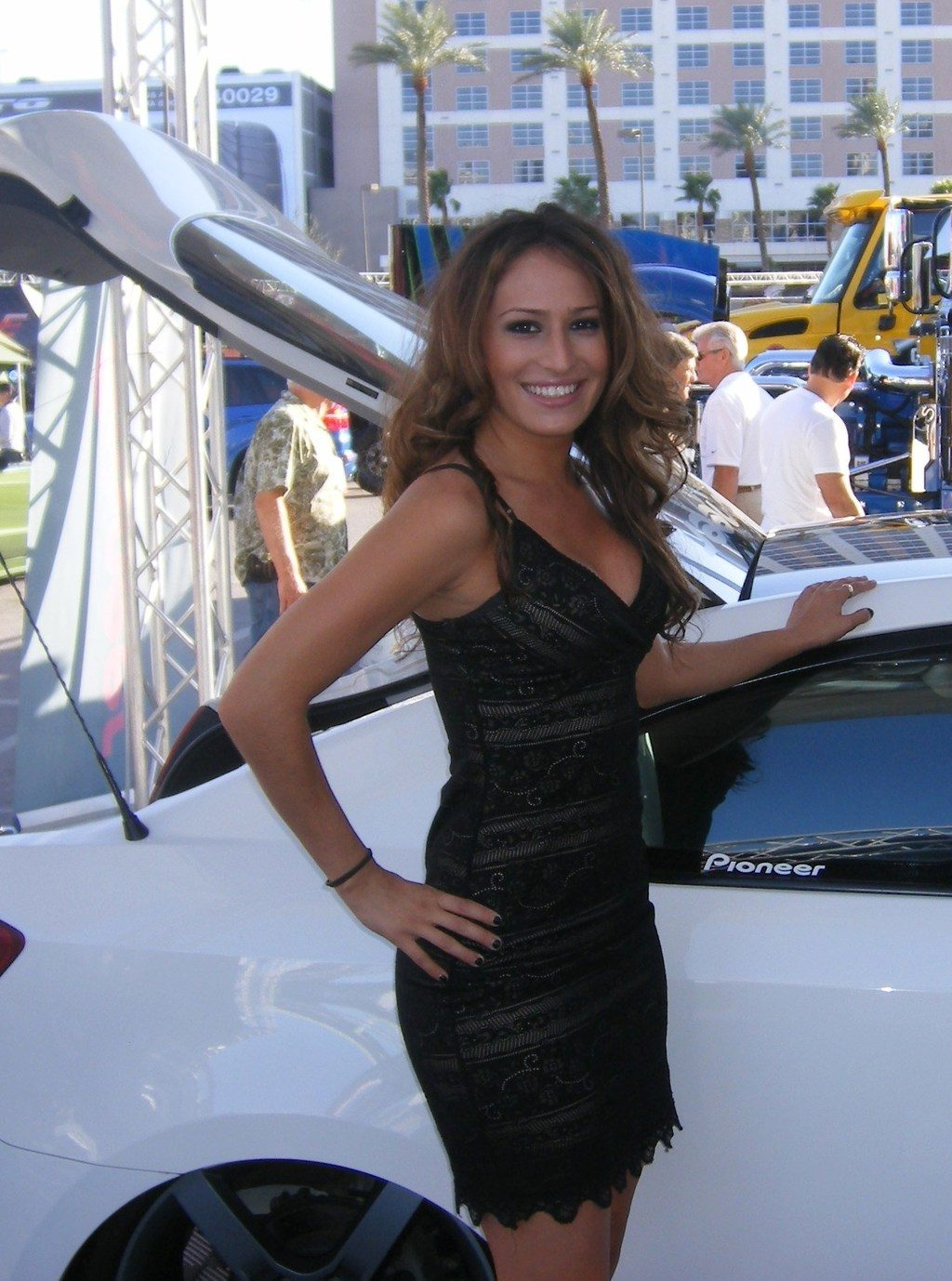 Sema 2011 Booth Babes 39 Photo On Automoblog Net
