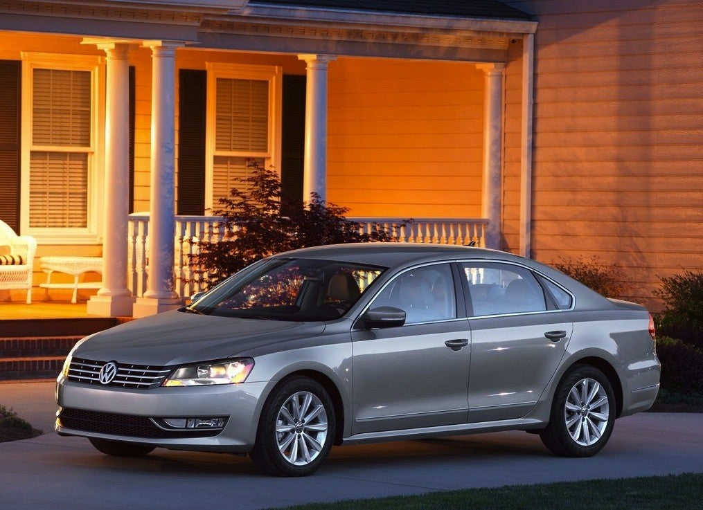 Volkswagen-Passat_US_Version_2012_1024x768_wallpaper_07