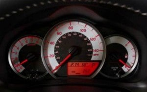 2012 Toyota Yaris gauges