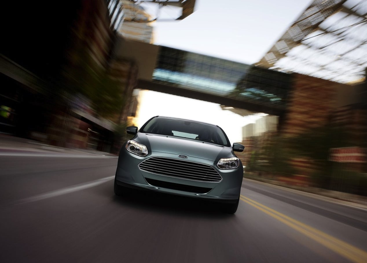 Ford-Focus_Electric_2012_1280x960_wallpaper_06