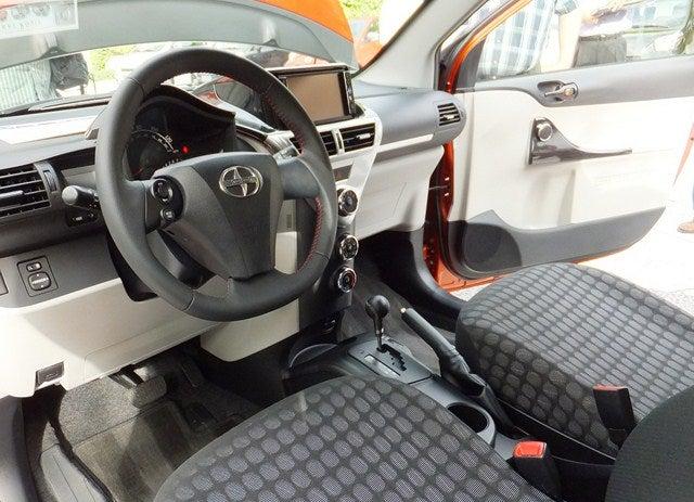 Scion iQ interior