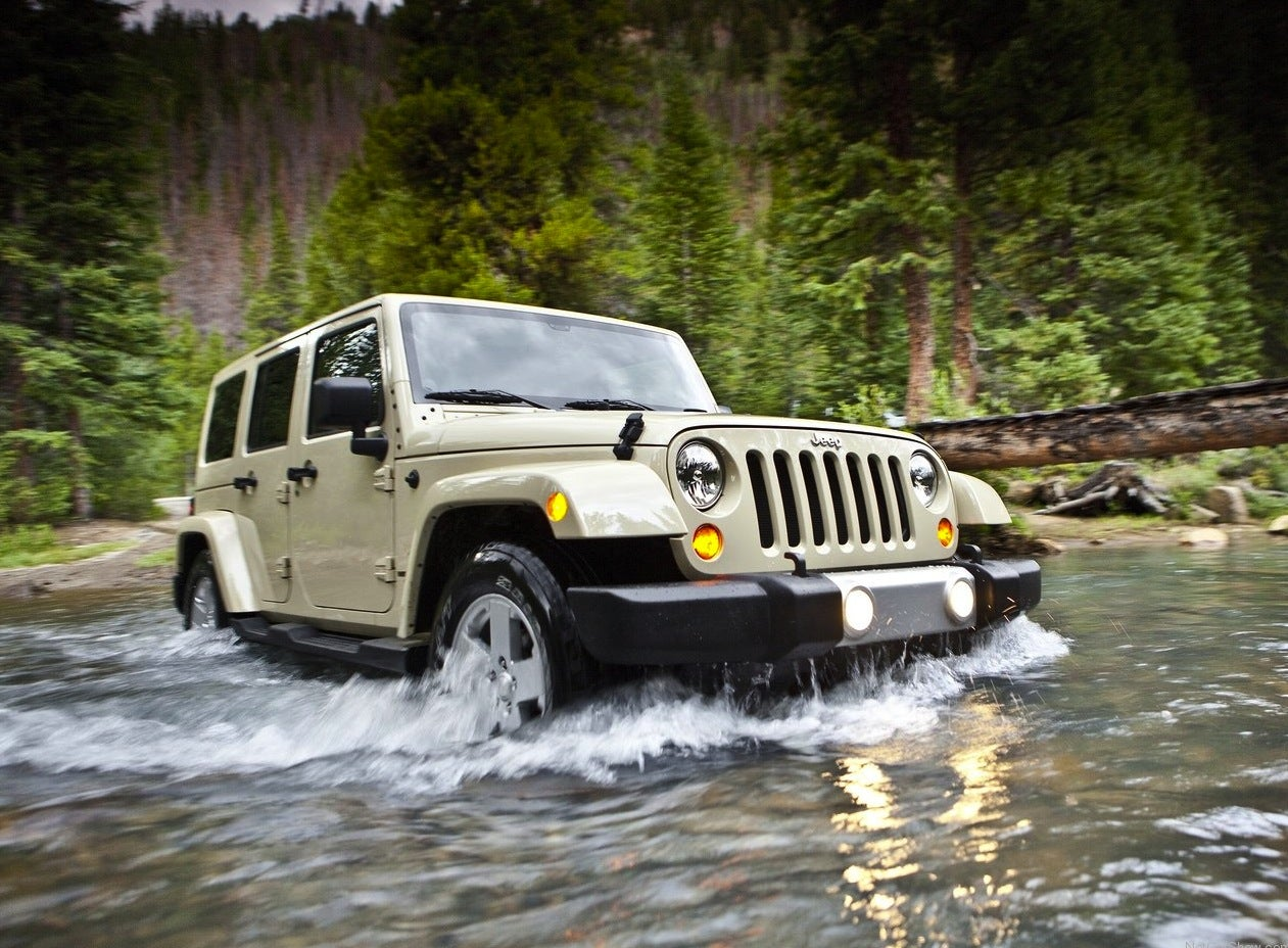 Jeep-Wrangler_2011_1280x960_wallpaper_05