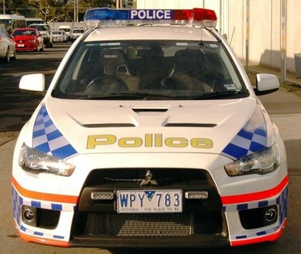 Police Mitsubishi Lancer Evo-X