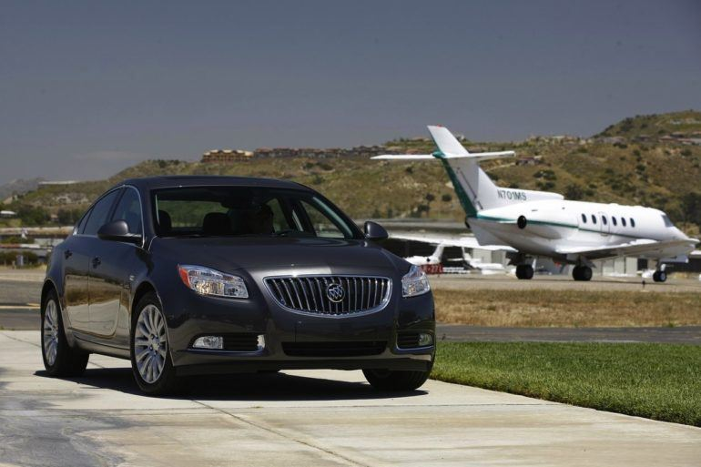 Buick Regal 2011 1280x960 wallpaper 0b