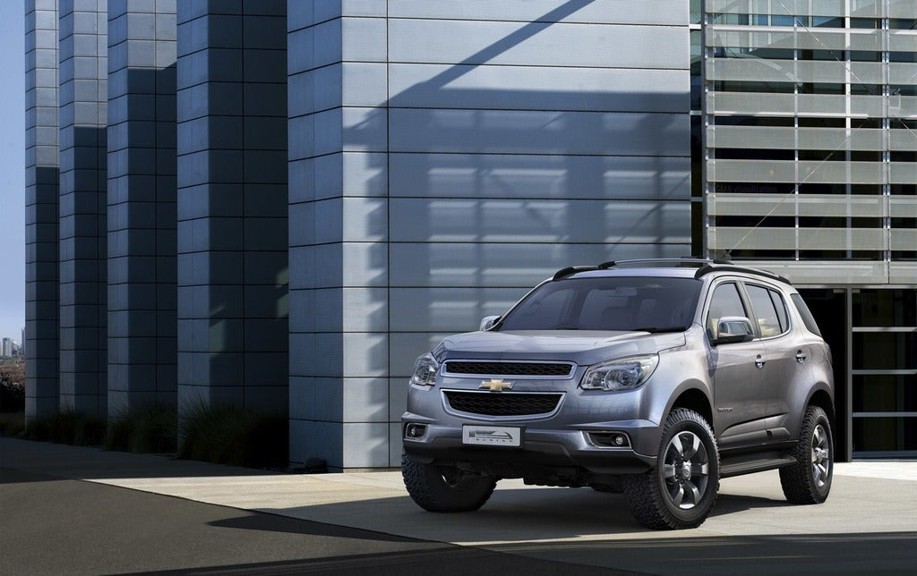 01-chevrolet-trailblazer