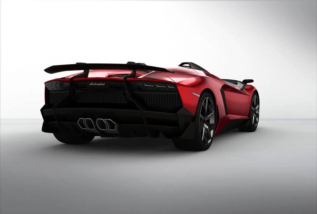 Lamborghini Aventador J 13
