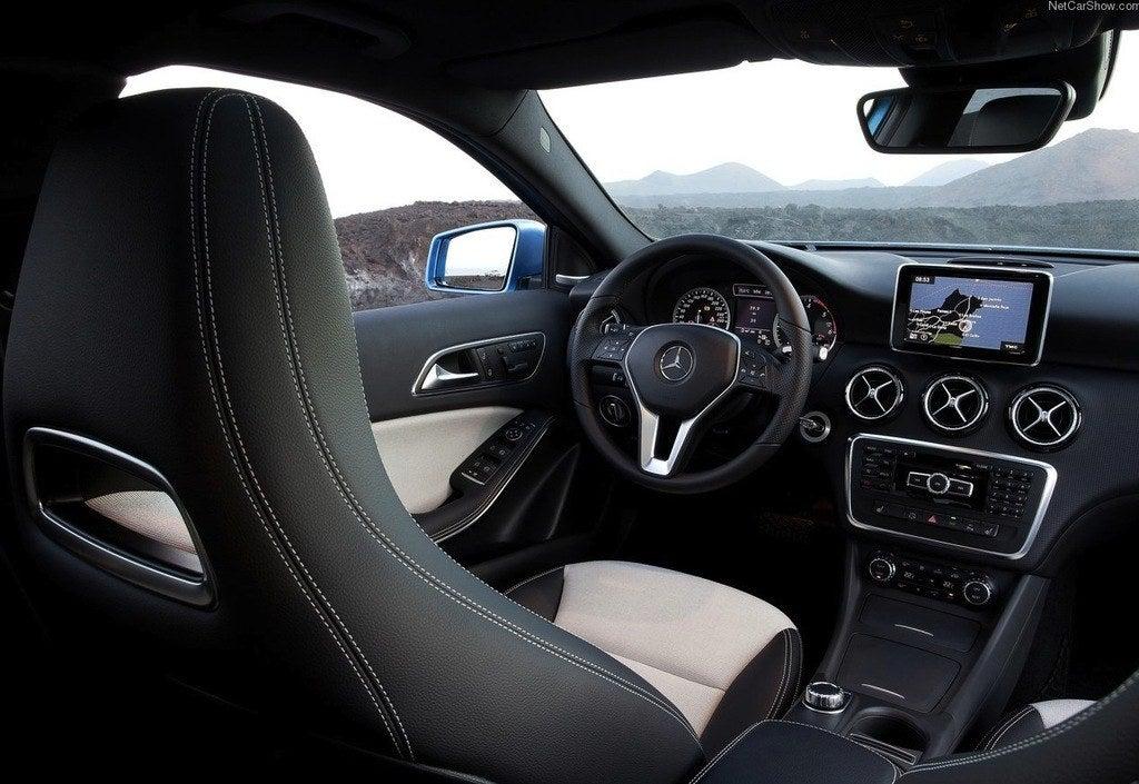 Mercedes-Benz-A-Class_2013_1280x960_wallpaper_1b