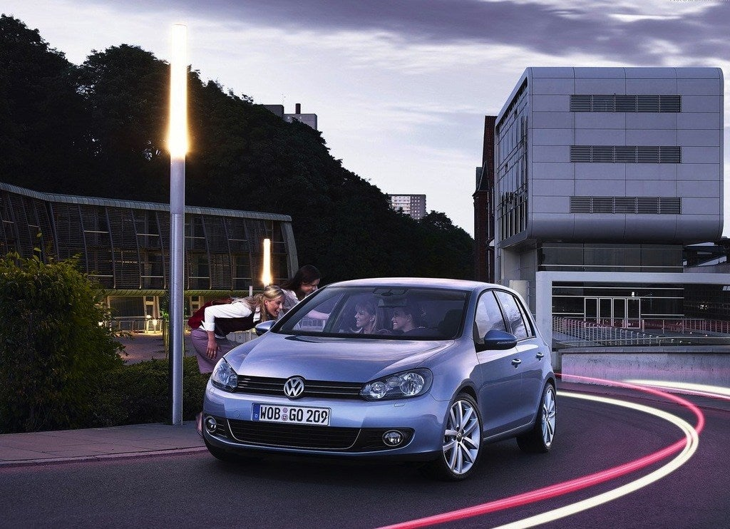 Volkswagen-Golf_2009_1280x960_wallpaper_09