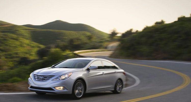 Hyundai Sonata 2.0T 2011 1280x960 wallpaper 02 750x400 - Hyundai Looks To Reduce Dependance on Fleet Sales