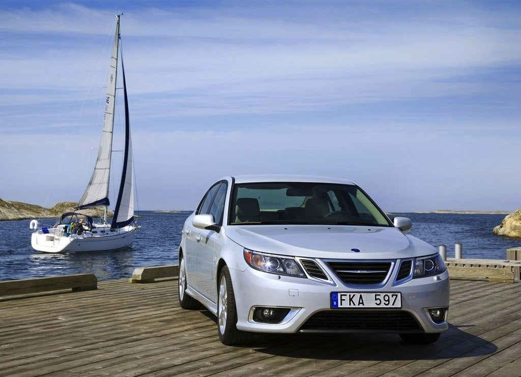 Saab Fans Donate To Save Last 2013 Saab 9-3 Griffin 15