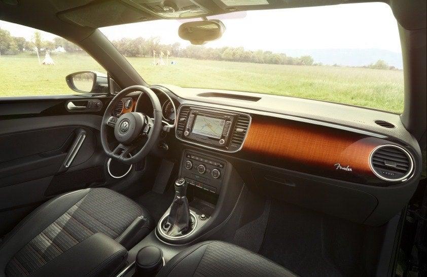 Volkswagen-beetle-fender-edition