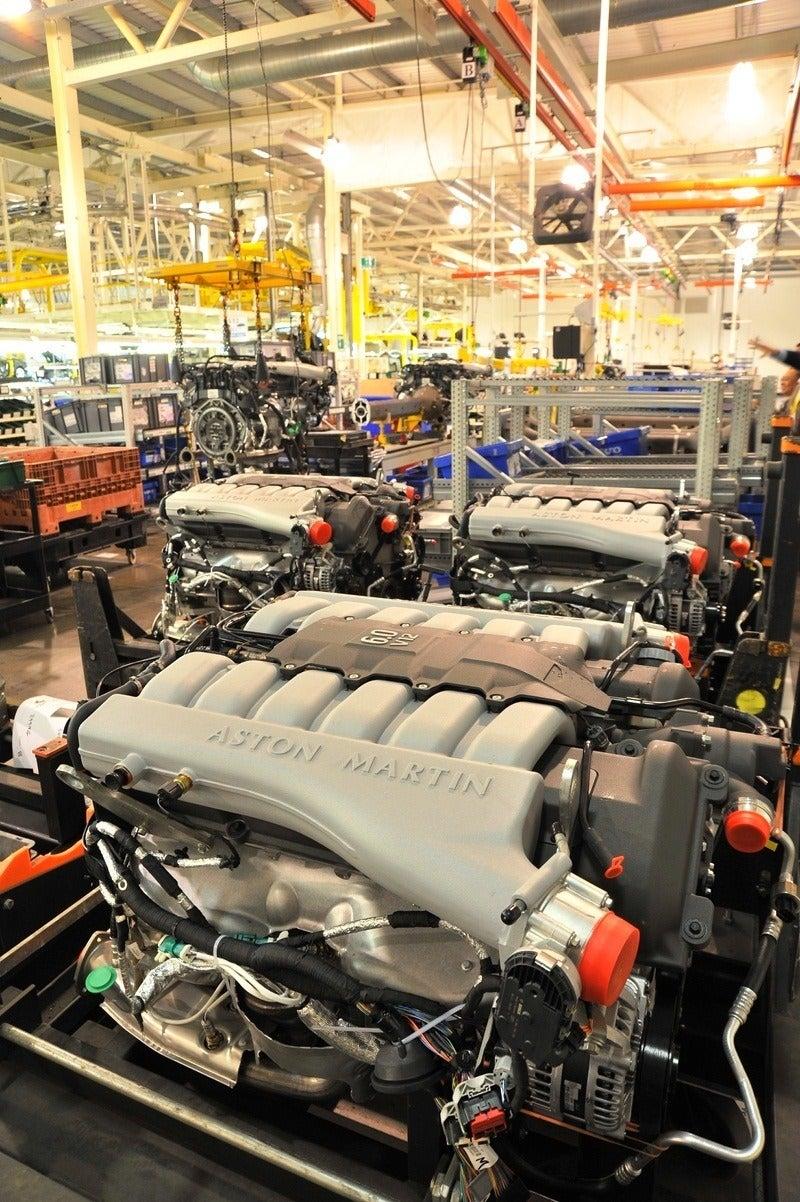 Aston Martin engines - powertrain assembly