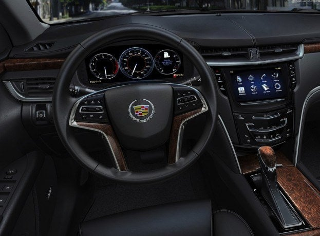 Cadillac-XTS_2013_1280x960_wallpaper_24