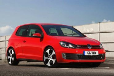 Volkswagen Golf GTI 2010 1280x960 wallpaper 0b