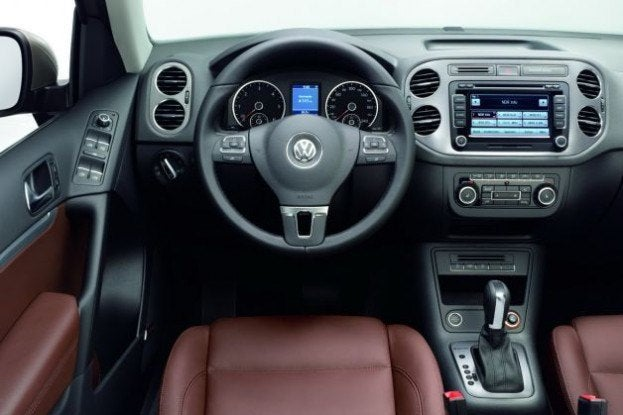 2012 VW Tiguan interior