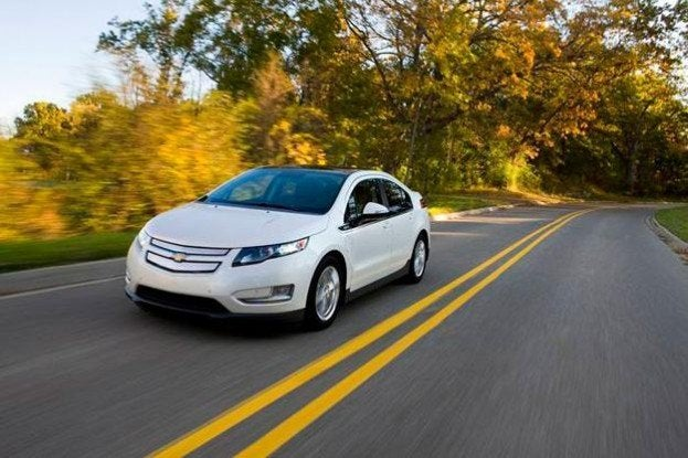2013 Chevy Volt sees slight surge in upgrades adds new drive mode and safety features