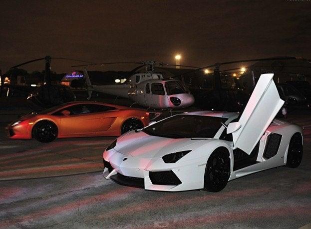 Lamborghini-Aventador_LP700-4_2012_1280x960_wallpaper_09