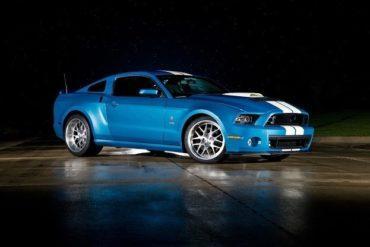 2013 Shelby GT500 Cobra frt 34
