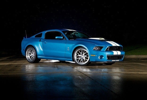 Carroll Shelby's Memory Honored with 850-Horsepower GT500 Cobra  25