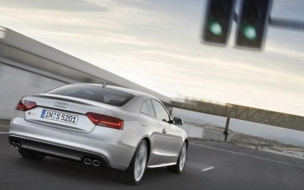 2013 Audi S5 rear