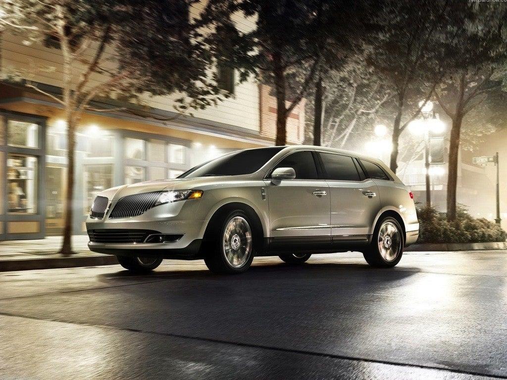 Lincoln Mkt Town Car: 2013 Lincoln MKT Town Car Adds Four-Cylinder Option