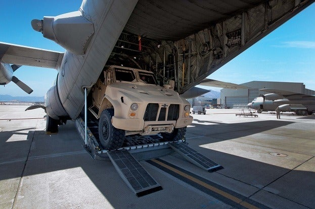 Three JLTVs Contend for US Military Humvee Replacement Duties 18