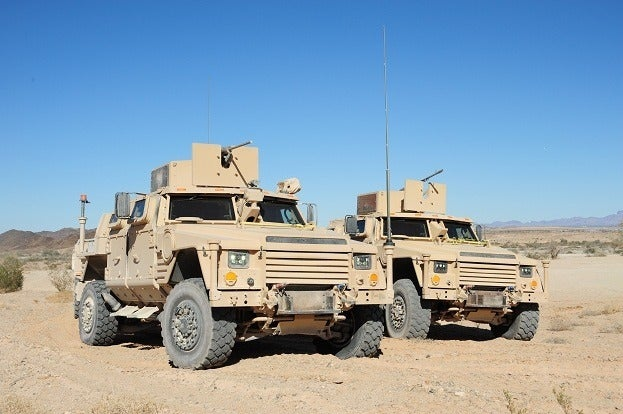 Three JLTVs Contend for US Military Humvee Replacement Duties 17