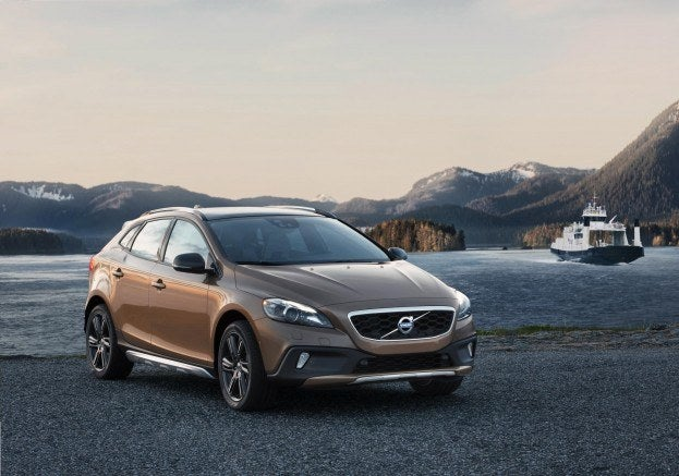 001-volvo-v40-cross-country