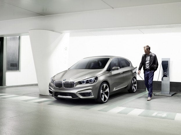 010-2012-bmw-concept-active-tourer