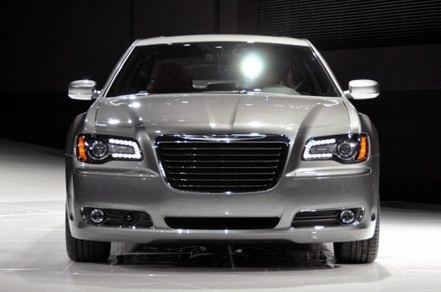 2012 Chrysler 300S front